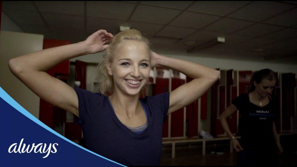 カロリナ・コレチェックの画像。ポーランドの美人ハードル選手