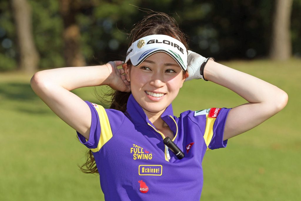 竹村真琴のインスタ画像がかわいい。竹村三姉妹の三女。美女ゴルファー
