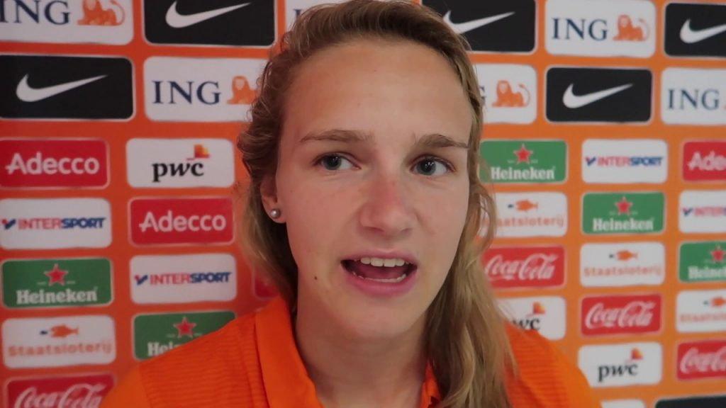 フィフィアネ・ミデマーのインスタ画像。オランダの美人サッカー選手