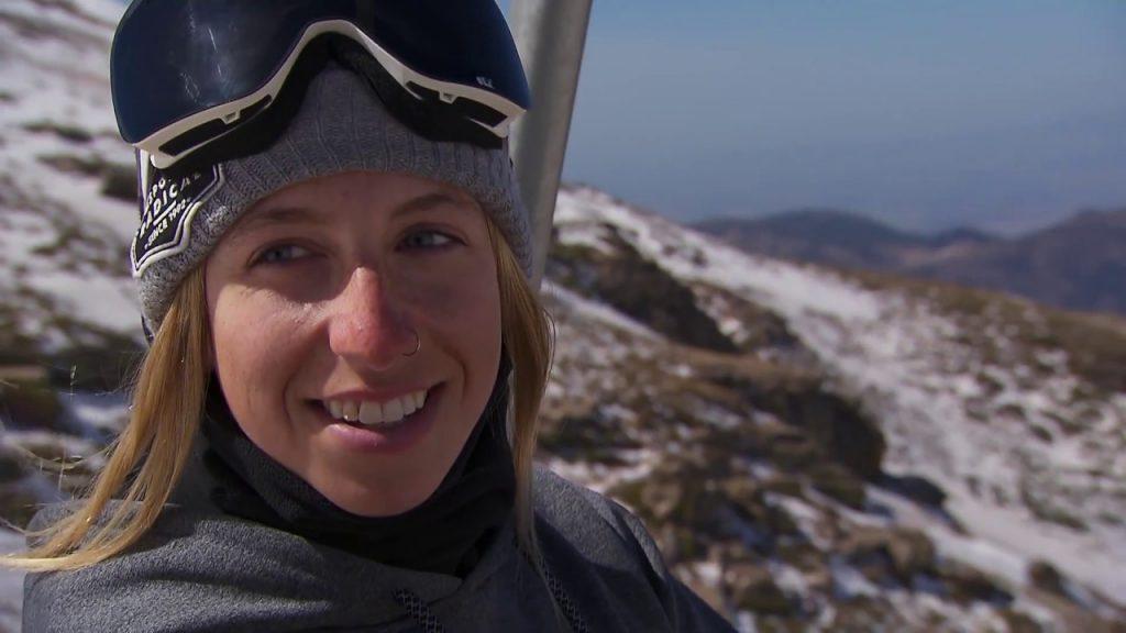 ローリー・ブルーアンのインスタ画像まとめ。カナダの美人スノーボーダー