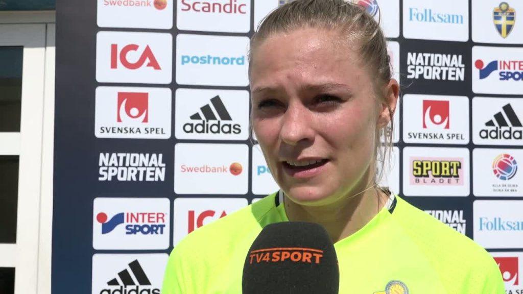 フリードリナ・ロルフォの画像。スウェーデンの美人サッカー選手