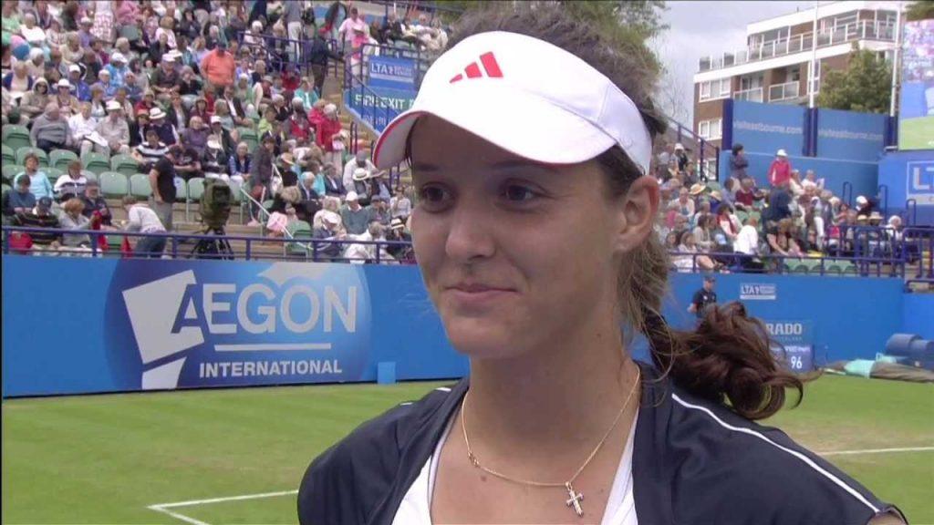 ローラ・ロブソンの画像がかわいい。イギリスの美人テニス選手