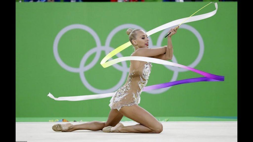 ヤナ・クドリャフツェワの画像。ロシアのモデル級新体操選手