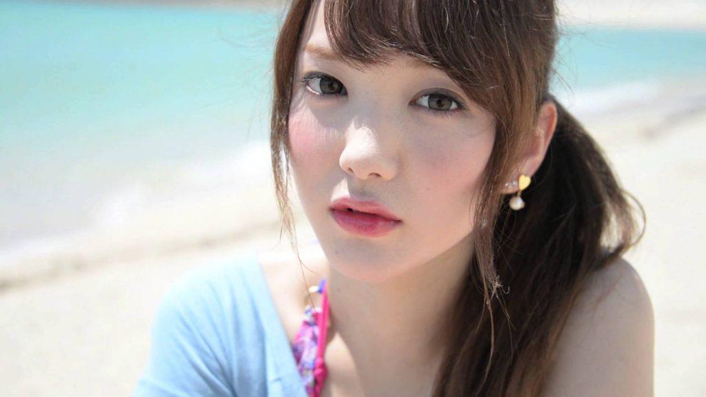 下田美咲のかわいい画像。インスタに水着画像?ウエスト細くて足も美脚