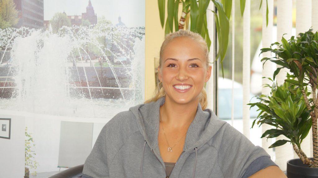 ポーラ・カニアのインスタ画像がかわいい。ポーランドの美人テニス選手