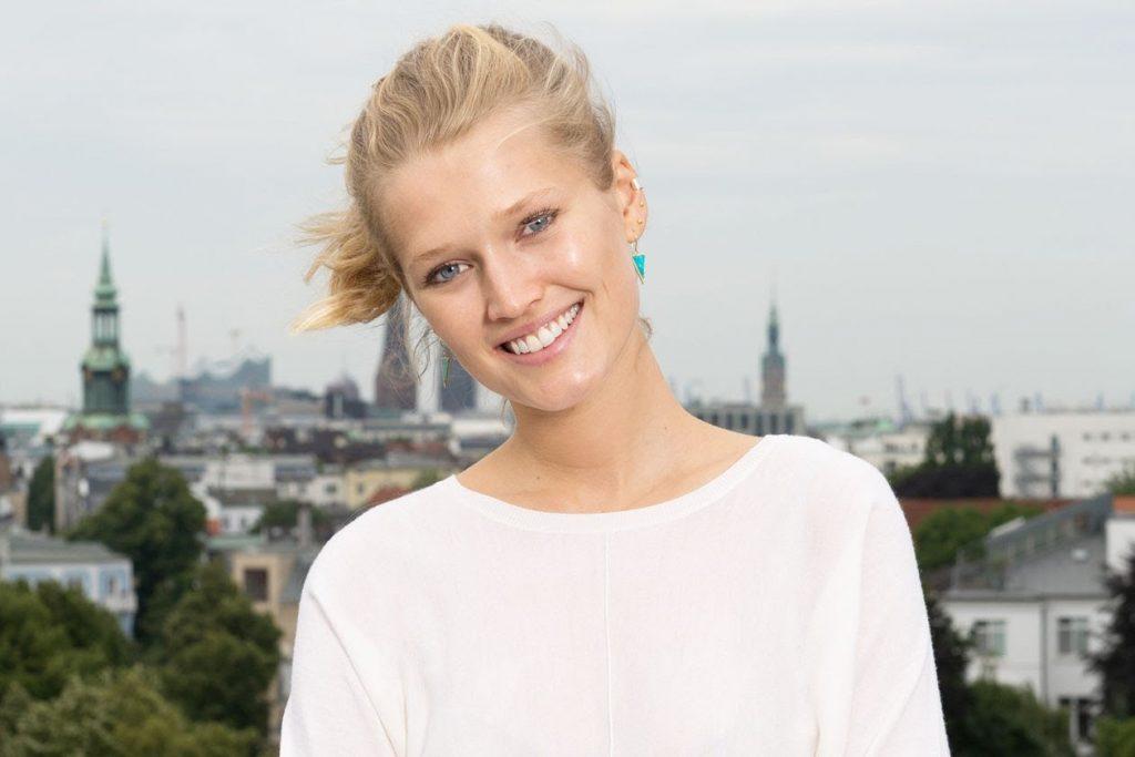 トニ・ガーンのインスタ画像がかわいい。ドイツ出身の美人モデル