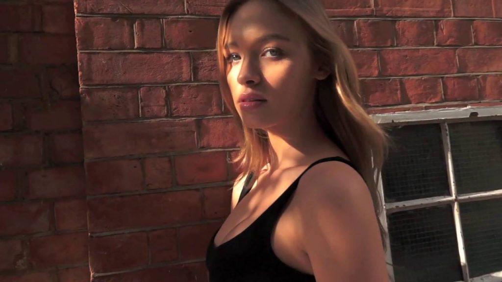ロキシー・ホーナーのインスタ画像まとめ。イギリス出身の美人モデル