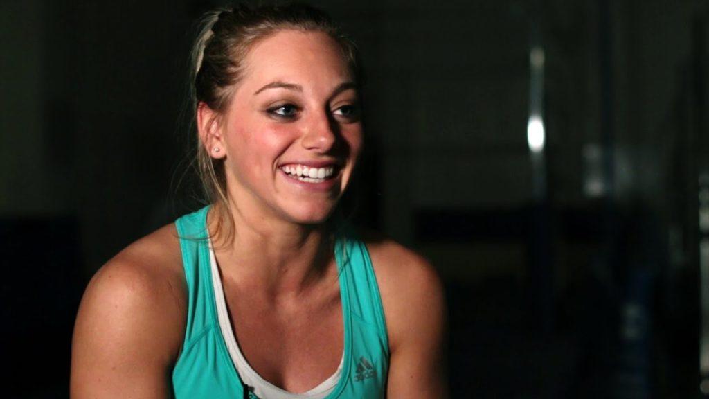 サマンサ・ペシェクの画像。アメリカの美人体操選手で五輪メダリスト